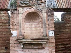 Lararium in Ostia